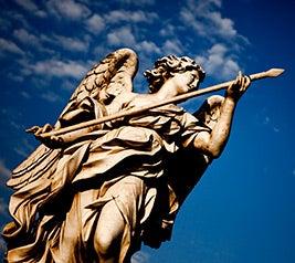 السؤال: ماذا يقول الكتاب المقدس عن الملائكة؟