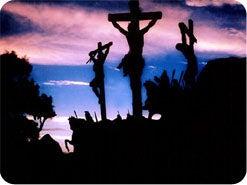19. La vérité ne sera jamais populaire dans ce monde pécheur et la foule prendra presque toujours la route la plus facile. Mais Jésus a montré Son incroyable amour pour vous en donnant Sa vie afin de payer le prix de tous vos péchés. Le Seigneur a un plan formidable pour votre vie, c'est la raison pour laquelle Il vous a révélé Sa vérité. Lui donnerez-vous à votre tour cet amour en lui offrant votre coeur, en choisissant de l'accepter pour votre Seigneur et en suivant le chemin qu'Il vous montrera ?