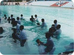 19. 「あなたはわたしの愛する子、わたしの心に適う者」と、神に言っていただけるように、聖なるバプテスマの儀式への準備を始める気持ちがありますか?