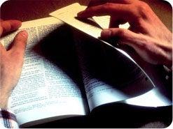 13. 神はいまだに預言者を通して語っておられ、真の預言者の言葉は、あなたにとって個人的な「イエスのあかし」です。現代の預言者たちを聖書によってテストし、聖書に一致する預言者の勧告に従うことを決心されますか?