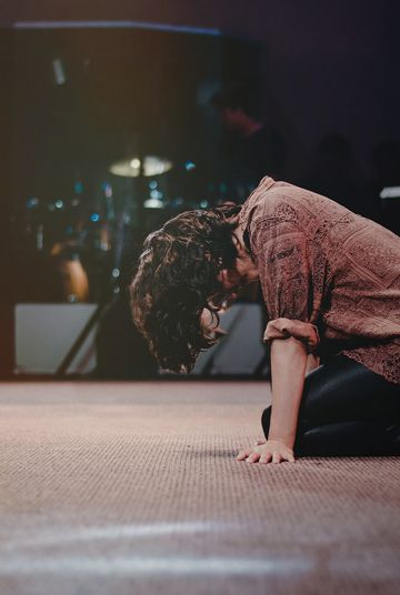 Bowing to Babylon