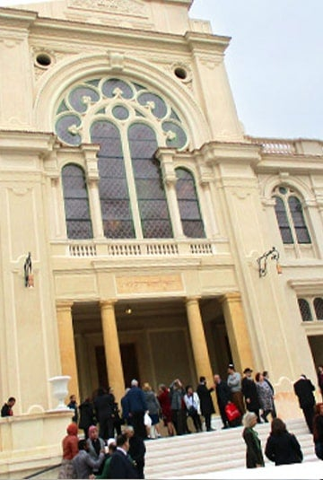 Jews Celebrate <strong>Sabbath</strong> in Reopened Synagogue in Egypt